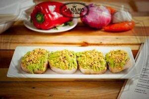 comida chilena avocado