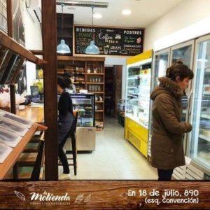 fachada la molienda comidas típicas do uruguai