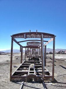 deserto de sal cemitério de trem
