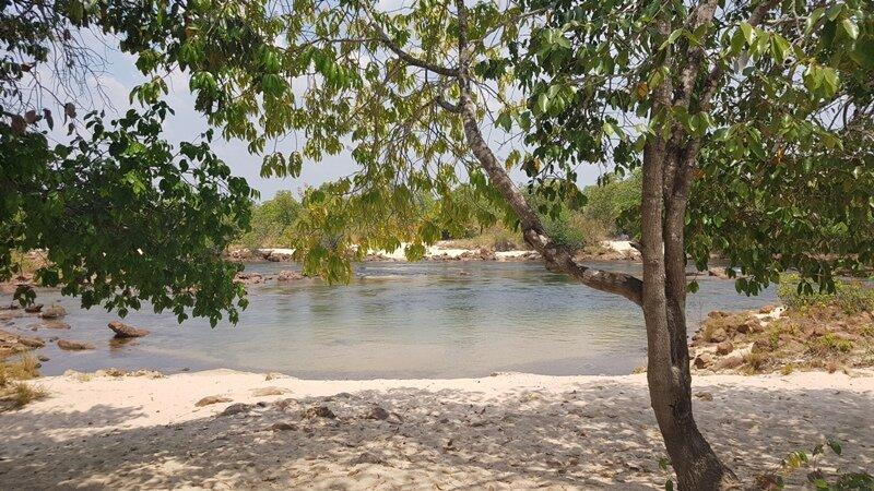 Praia do Caju e a Prainha do Abelo