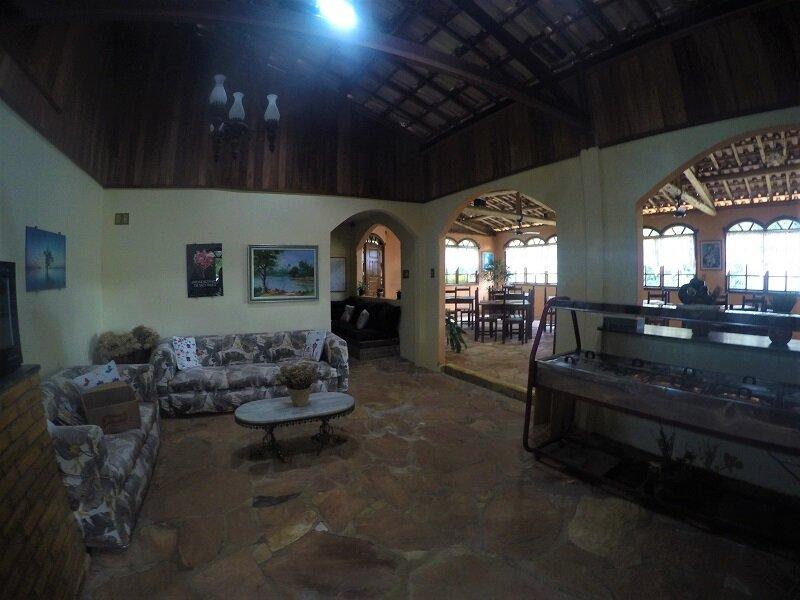 onde se hospedar no tabuleiro pousada gameleira sala de estar