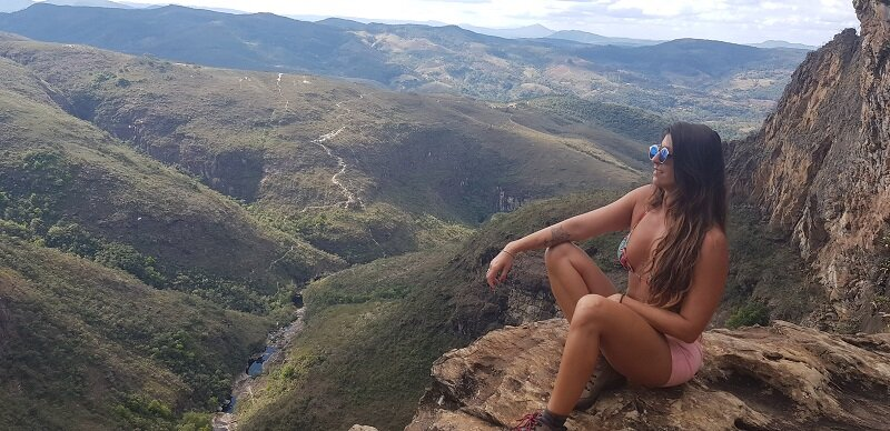 trilhas da cachoeira do tabuleiro vista do topo