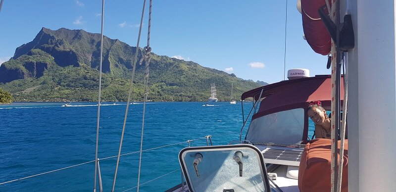 velejar na polinesia foto veleiro