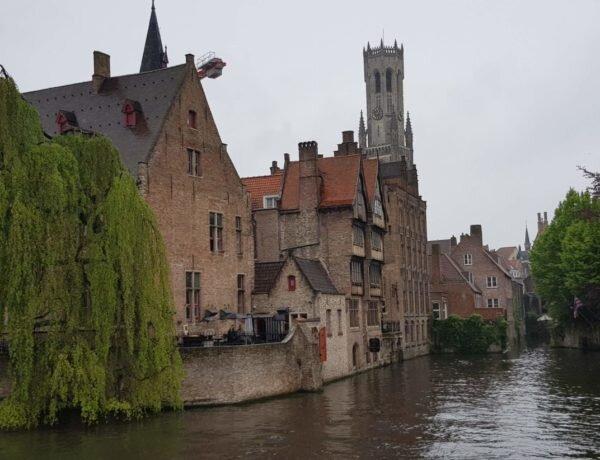 Dicas de onde se hospedar em Bruges, a menina dos olhos da Bélgica