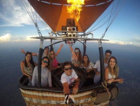 Um voo de balão na Chapada dos Veadeiros, que tal?