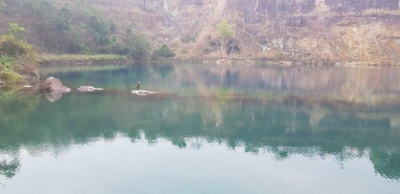 lago azul em mara rosa transparência