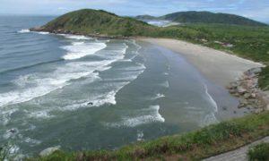 Saiba onde se hospedar na Ilha do Mel
