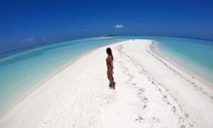 Dhigurah, a ilha do tubarão baleia nas Maldivas