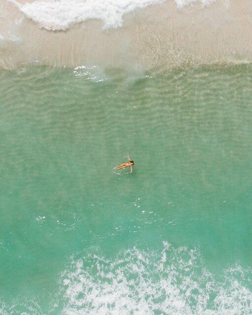 drone praia de grumari