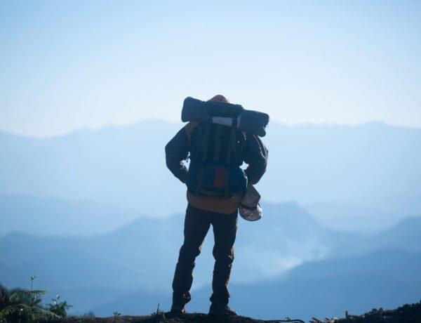 Mochilão para viagem: o que precisa saber e como escolher um