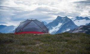 Como escolher barraca de camping? Vem que te ajudo nessa missão!