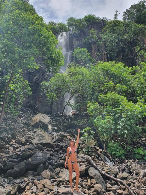 cachoeira do sancho em noronha
