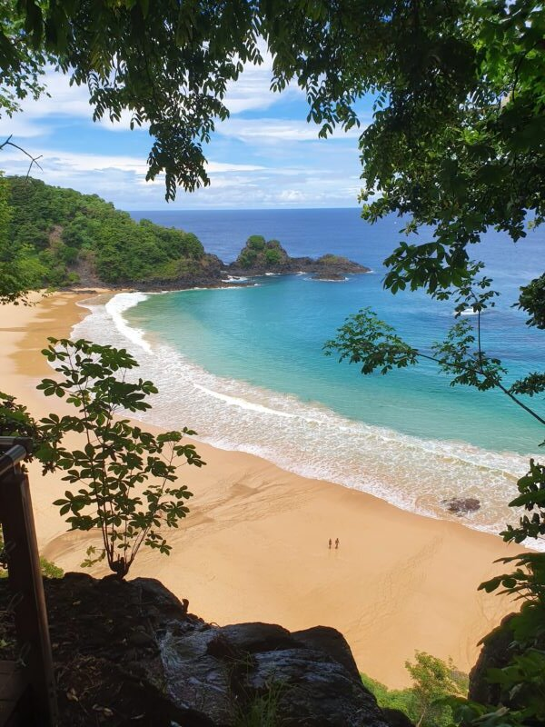 vista praia do sancho noronha