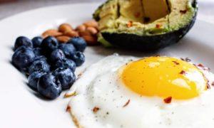 8 sugestões para um café da manhã saudável, delicioso e fácil de fazer!