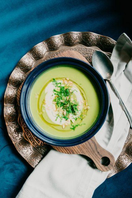 jantar leve e rápido sopa verde