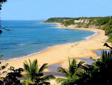 Praias perto de Minas Gerais: as melhores para você viajar!